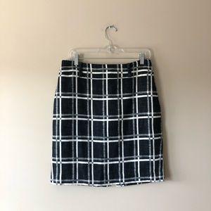 Ann Taylor black and white printed skirt